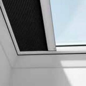 Затъмнителни термо щори за плоски покривни прозорци VELUX FMK / FSK
